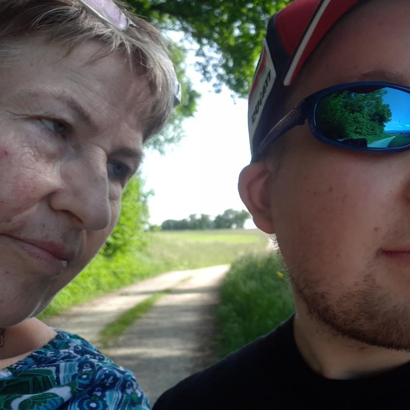 Porträt Monika Fahrny mit Sohn